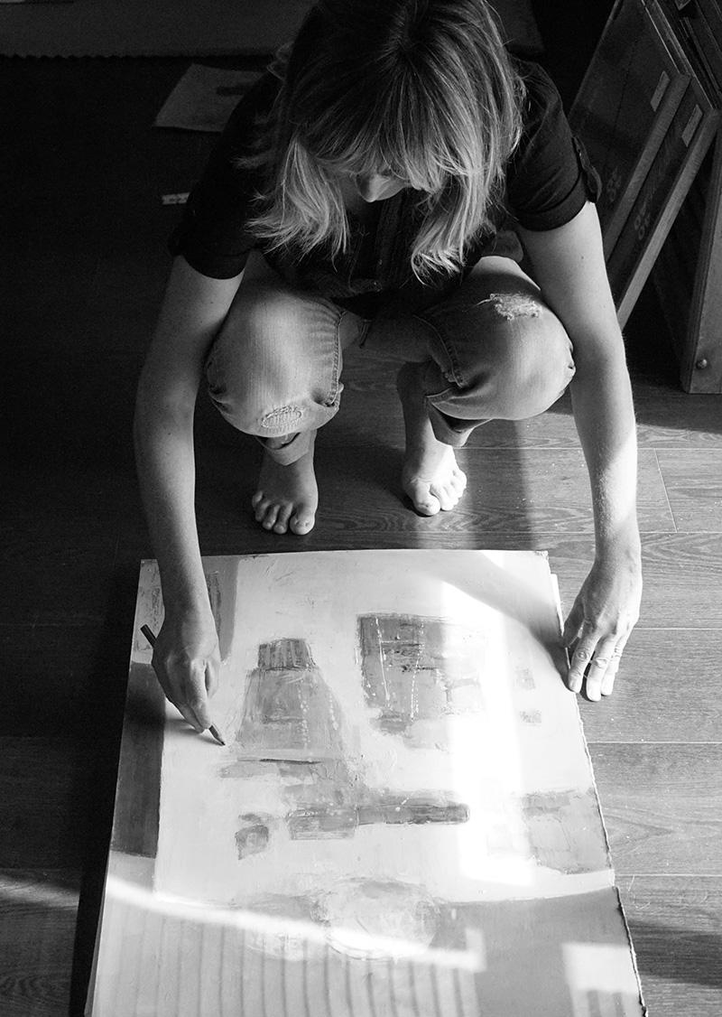 Le parcours de Muriel Bernard, artiste-peintre et graveur à Vannes.